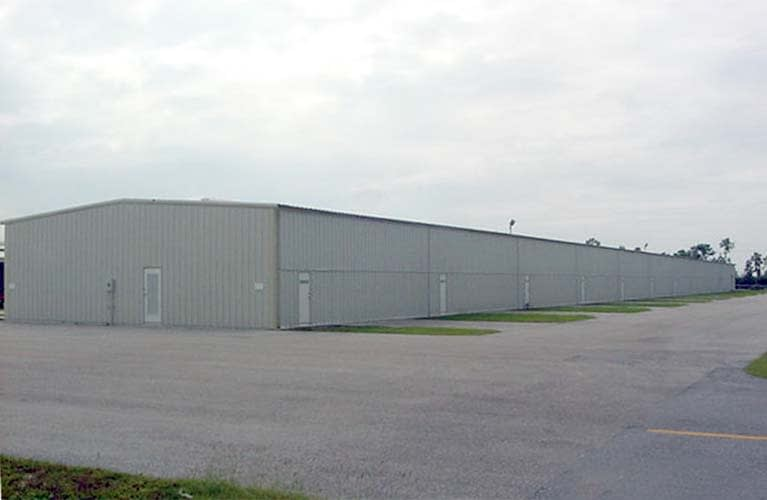 t-hangars-03