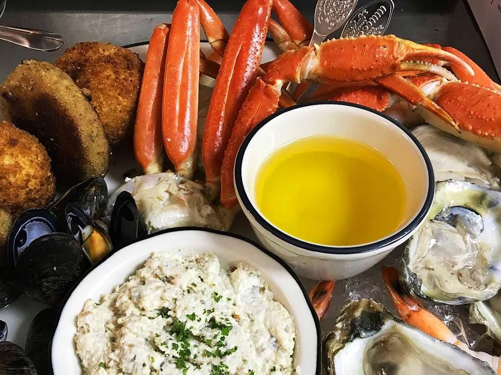 Speaks Clam Bar seafood